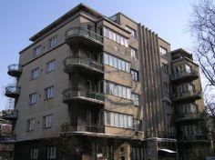 Kamienica Jakuba Lando in Lodz at Plac Komuny Paryskiej 3, 1936-1938, project by Paweł Lewy Design Movements, Bauhaus, Poland, Multi Story Building, Art Deco, City, Historia, Travel, Cities
