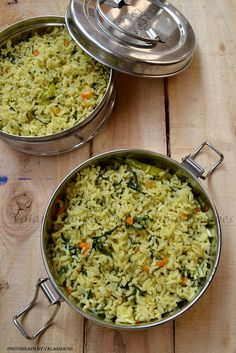 Spinach and Carrot Rice Veg Recipes, Side Dish Recipes, Indian Food Recipes, Vegetarian Recipes, Yummy Recipes, Veg Dishes, Rice Dishes, Rice Bowls, Yummy Veggie