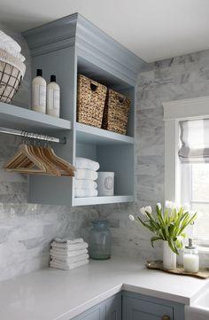7 Small Laundry Room Design Ideas - Des Home Design Laundry Room Remodel, Laundry In Bathroom, Laundry Room Countertop, Laundry Decor, Kitchen Backsplash, Basement Laundry, Laundry Area, Laundry Room Island, Backsplash Ideas