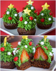 Strawberry Christmas Brownie Bites