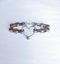 Spoke Heart Bracelet = LOVE!