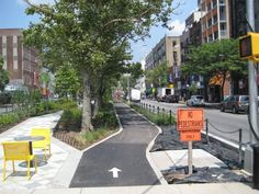 Downtown Thoroughfare - National Association of City Transportation Officials