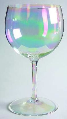 Dorothy Thorpe Bubble-Clear (Iridescent) Wine Glass