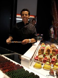 Christophe Roussel, the pastry chef himself, at Montmartre. Taste his amazing Religieuse with salted caramel Christophe Roussel, Easy French Recipes, Almond Pastry, Le Cordon Bleu, Montmartre Paris, Pastry Shop, French Food, Foods To Eat, Sweet Life