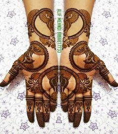 Top Simple Mehendi Designs for 2019 Brides Rajasthani Mehndi Designs, Peacock Mehndi Designs, Indian Henna Designs, Henna Art Designs, Mehndi Designs 2018, Stylish Mehndi Designs, Mehndi Designs For Girls, Mehndi Design Photos, Dulhan Mehndi Designs