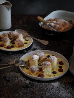 Dukátové buchtičky s domácím vanilkovým krémem   Máma peče doma