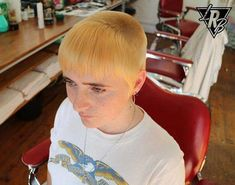 Finding The Best Short Haircuts For Men Super Short Hair, Short Hair Cuts, Best Short Haircuts, Haircuts For Men, Chelsea Cut, Barber Shop Haircuts, Skinhead Reggae, Buzzed Hair, Alternative Hair