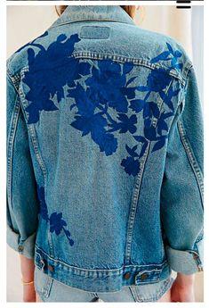 Veste En Jean Brodée, Tissu Jean, Mode Bleu, Customiser Ses Vetements,  Accoutrement 60f9f1e42f23