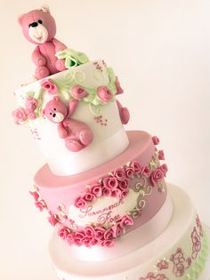 Baby shower and welcome to the world cake for the beautiful Savannah Rose.