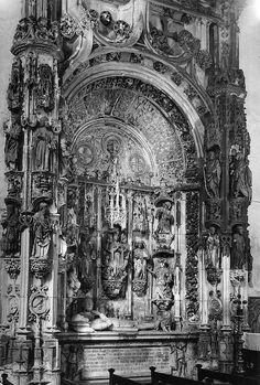 Igreja e Mosteiro de Santa Cruz, Coimbra, Portugal. Túmulo do Fundador de Portugal, D. Afonso Henriques