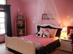 girly girl fashion | Fashion Fun!, Fashion-forward pre-teen loves this girly room! Not too ...