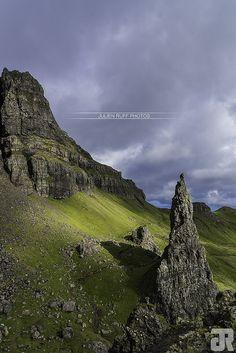 Old Man of Storr - Isle of Skye - Scotland | by Julien Ruff Photos | #OldManOfStorr #Skye #Scotland #Ecosse #UK #Nikon #D7100 #JulienRuffPhotos