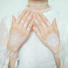 Wedding White Henna Lace Tattoo, Find Details about White Tattoo, Body Tattoo from Wedding White Henna Lace Tattoo - Dongguan Meishi Printing Co. Henna Hand Designs, Mehndi Designs, Wedding Henna Designs, Hena Designs, Henna Tattoo Designs, Henna Designs White, White Henna Tattoo, Red Henna, Lace Tattoo