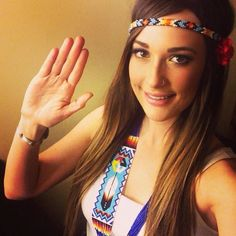Love her style Mommy Style, Love Her Style, Country Chic, Country Girls, I Gotta Girl Crush, Pretty People, Beautiful People, Jana Kramer, Kacey Musgraves