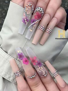 Trendy Acrylic Coffin Nails Design To Light Up Your Spring & Summer - Latest Fashion Trends For Woman Bling Acrylic Nails, Aycrlic Nails, Best Acrylic Nails, Summer Acrylic Nails, Glam Nails, Bling Nails, Pastel Nails, Coffin Nails, Pink Coffin