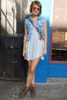 Nice 35 Denim Summer Outfits To Inspire Yourself https://upoutfit.com/index.php/2018/07/19/35-denim-summer-outfits-to-inspire-yourself/