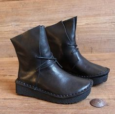 black womens booties with heel Ankle Boots, Bootie Boots, Oxford Shoes Outfit, Latest Shoe Trends, Kinds Of Shoes, Unique Shoes, Fall Shoes, Kind Mode, Comfortable Shoes