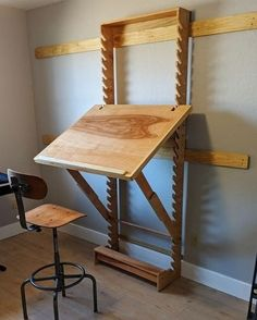 «Adjustable Art Desk With A Wall Mount . 💥Want to start woodworking but do. - «Adjustable Art Desk With A Wall Mount . 💥Want to start woodworking but don't know where an - Woodworking Workshop, Woodworking Projects Diy, Woodworking Furniture, Woodworking Shop, Diy Furniture, Woodworking Plans, Furniture Design, Diy Projects, Woodworking Techniques