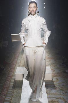 Undercover Otoño-Invierno 2015/2016 Paris Fashion Week
