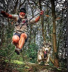 Canicross / Foto: muddyhusky (Instagram) / perros / dogs / Mediterranean Natural