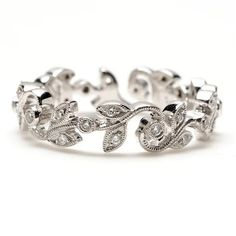 This in yellow gold=what I want if I get my own wedding band instead of the one that goes with my ring.