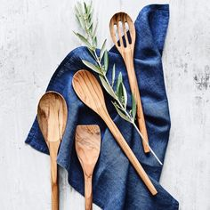 Williams Sonoma Olivewood Spoons, Set of 4 Kitchen Gifts, Kitchen Tools, Kitchen Gadgets, Kitchen Utensils, Kitchen Products, Kitchen Supplies, Cooking Utensils, Electric Skillet Recipes, Knife Storage