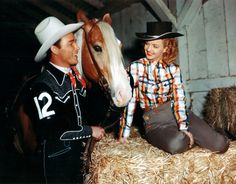 Roy Rogers and Dale Evans - love the floral embroidery on her trouser pocket! vintage western wear