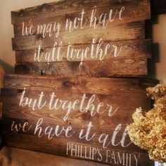 Vintage Home Decor For More Traditional Interior Design Pallet Crafts, Diy Pallet Projects, Projects To Try, Pallet Ideas, Wood Crafts, Rustic Signs, Wooden Signs, Wooden Plaques, Painted Signs