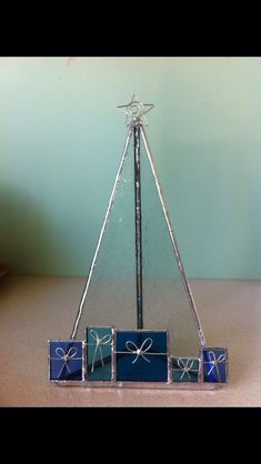 Christmas candle holder, designed and made by Carol Prince, Griffith NSW Australia Stained Glass Lamp Shades, Stained Glass Ornaments, Stained Glass Christmas, Stained Glass Crafts, Stained Glass Designs, Stained Glass Patterns, Glass Christmas Ornaments, Stained Glass Windows, Christmas Candle