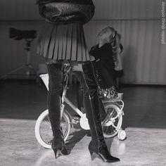 Allegra getting into the scene! Training wheels basket & all.... #dougordway #carlabruni #versusversace #donatellaversace #sammcknight #bonniemaller #supermodel #milanomoda #filmphotography #nophotoshop #pentax67
