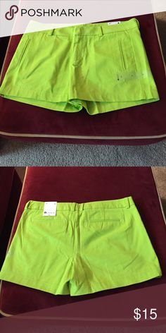 Shorts Shorts have belt loops at waist. Clasp and button closure with zipper in front.  Two front packets and two back pockets. Waist is 17 1/2 in and length is 12 1/2 in from top of waist band to hem in front. Back length is 14 in from top of waist band to hem. Hip is 19 1/2 in across. Stylus Shorts