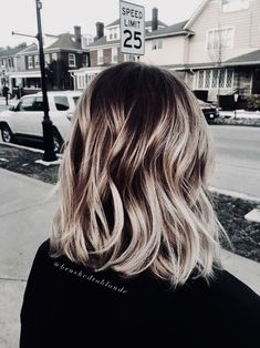 Blonde ombre hair color summer, honey blonde balayage over a warm copper brown base by danielle hess Blond Ombre, Brown Blonde Hair, Ombre Hair Color, Hair Color Balayage, Hair Colors, Blonde Honey, Blonde Balayage Honey, Ombre Hair Bob, Blonde Color