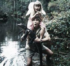 A man, his daughter, and a crocodile. Steve and Bindi Irwin. Previous pinner says: Long Live Steve Irwin I totally loved his show as a kid and was devastated when I heard he died. Bindi Irwin, Steve Irwin, Terri Irwin, Sky News, Weekender, Irwin Family, Crocodile Hunter, Nostalgia, I Miss Him