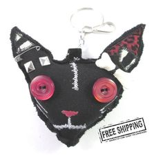 Zombie Cat charm  creepy cute voodoo doll by TocsinDesigns on Etsy, €12.70