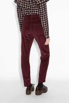 Monki Image 4 of Corduroy  trousers  in Red Bluish Dark