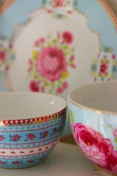 love flower patterned china