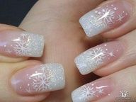 Christmas & winter nails: white snowflake nail art on a silver french manicure ♡