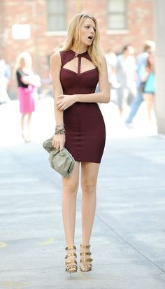 Hot Girl in Tight Dress.. um thats Blake Lively. bitch