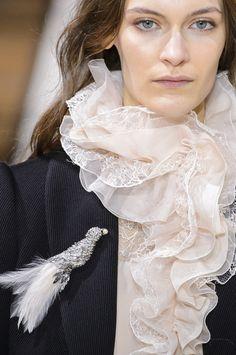 Lanvin at Paris Fashion Week Fall 2017 - Details Runway Photos