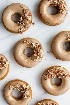 vegan baking recipes - Vegan chai latte donuts with maple glaze Vegan Dessert Recipes, Köstliche Desserts, Baking Recipes, Lemon Desserts, Candy Recipes, Vegan Doughnuts, Vegan Donut Recipe, Mini Donut Recipes, Donuts Donuts