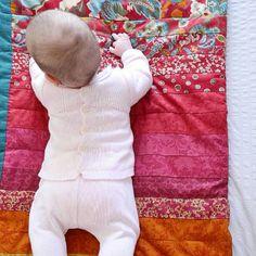 Un toque de color para dar la bienvenida al finde. Gracias @marien_penha por la foto⠀ ⠀ #PAZRodriguez #newcollection #summercollection #verano2017 #summer2017 #modainfantil #babystyle #bebes #babys #cute #lovely #fashion #fashionkids #fashionforkids #kids #modaniños #kidsfashion #kidsstyle #cutekids #moda #babyfashion #babystyle #bebesconestilo #cutebabies #cutebaby #childrenfashion #parabebes #parabebesyniños