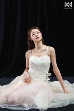 Oh My Girl Yooa, Girls Channel, Girls Twitter, Day6, Formal Dresses, Wedding Dresses, Pretty Girls, Stylists, Flower Girl Dresses