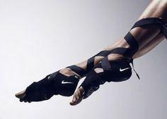 LYRA MAG.: NIKE Nike Studio Wrap, SPORTSWEAR PINNACLE COLLECTION, Nike+Flyknit One S/S 2013  I WANT!!!