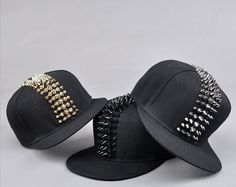 5 things women with good style always do Hipster Grunge, Grunge Style, Soft Grunge, Tokyo Street Fashion, Le Happy, Grunge Outfits, Doc Martens, Dope Hats, Black Baseball Cap