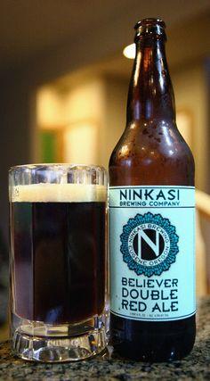It is a malty beer with a dark reddish-brown color. Beer Company, Brewing Company, Beer Shop, Beer Art, Beer Brands, Beer Label, Craft Beer, Brewery, Beer Bottle