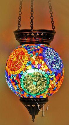 Bela luminária.