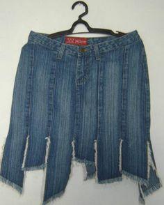 Saia Jeans Barra Rasgada Tam. 38 - R$ 16,00