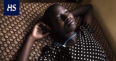 Tansanialaisessa turvakodissa tytöille kerrotaan, että silpomisrituaalille on vaihtoehto. Valokuvaaja Meeri Koutaniemi on dokumentoinut Afrikan ympärileikkausperinnettä ja sen vastaista taistelua jo vuosien ajan.