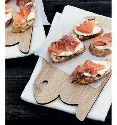 Nem påske buffet - Boligliv  Bruschetta med laks og peberrodscreme