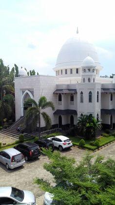 Masjid gafur universitas esa unggul